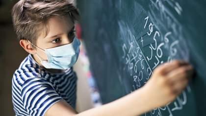 Учнів 1 – 4 класів треба переводити на дистанційку, бо школи – це каталізатор пандемії, – лікарі