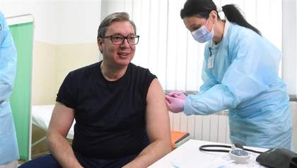 """Головний """"друг Росії"""" в Європі зробив щеплення китайською вакциною"""
