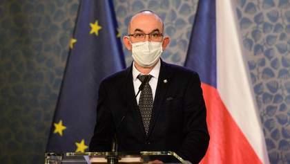 Очільника МОЗ Чехії звільнили після відмови придбати російську вакцину