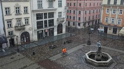 Жесткий карантин во Львове продлили до 19 апреля