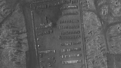 Західні ЗМІ виявили польовий табір російських військових на кордоні з Україною: фото