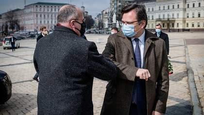 Має право захищатися, – Збігнєв Рау заявив, що Польща підтримує Україну