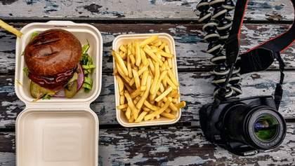 Блогер дізнався, що трапиться з тілом, якщо з'їсти 10 000 калорій за добу