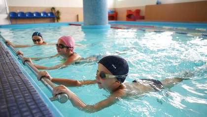Били дітей на заняттях з плавання: до поліції Рівненщини звернулись обурені батьки