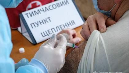 Усі, хто зараз вакцинуються препаратом CoronaVac, гарантовано отримають другу дозу, – МОЗ