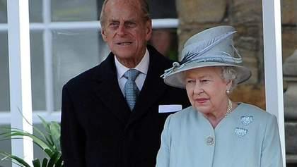 Королева Елизавета II вернулась к исполнению своих обязанностей после потери мужа