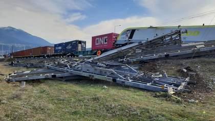 В Турции столкнулись два грузовых поезда, есть пострадавшие: фото, видео