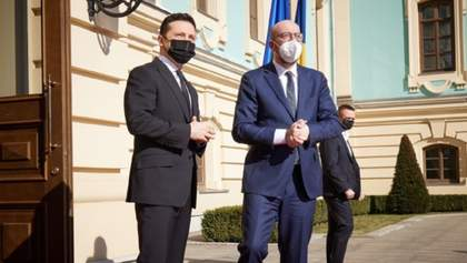 Загострення на Донбасі: Зеленський поспілкувався з президентом Євроради