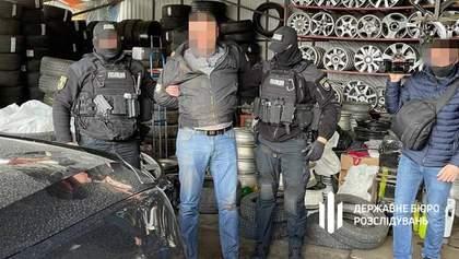 20 тисяч на тиждень: у Києві викрили офіцера поліції, який кришував роботу кафе під час локдауну