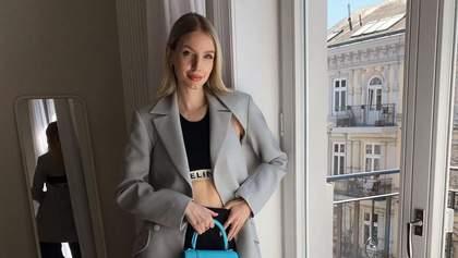 Наймодніші штани весни – широкі: з чим їх носять модні трендсеттери