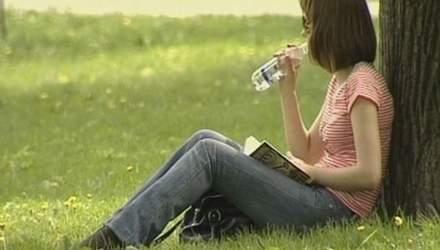 Медики: в жару нужно употреблять как можно больше воды