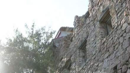 Буки - каньйон на гранітах, яким 2 мільярди років