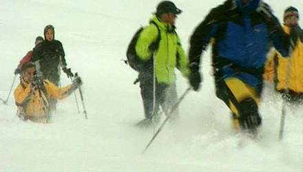 Прогулки на снегоступах - тишина, уединение и нетронутый снег