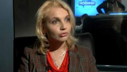 """Опір хлопців, славнозвісні """"головешки"""", врятували мені життя, — волонтерка про розгін Майдану"""