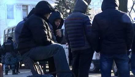 """Хроніка Євромайдану — 4 лютого. З Донбасу звозять """"тітушок"""", катування Булатова підтверджено"""