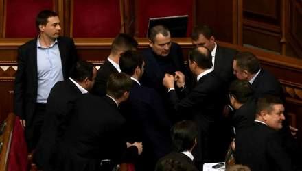 Закон об особом статусе Донбасса стал яблоком раздора в Раде
