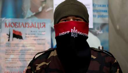 """Порошенко не піддався на провокації """"Правого сектору"""", — експерт"""