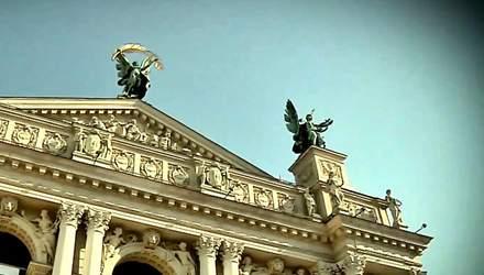 Які відомі архітектурні споруди України збудували поляки