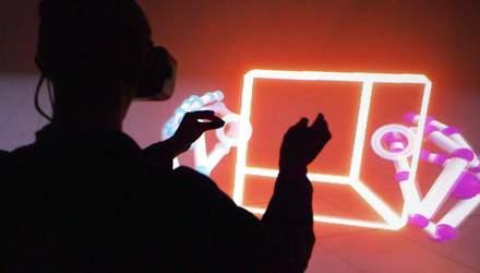 """Віртуальна реальність для рук. """"Розумний"""" замок,що захистить від крадіїв"""