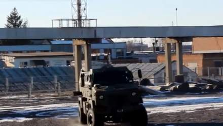 Кременчуцький автозавод презентував новітні броньовики
