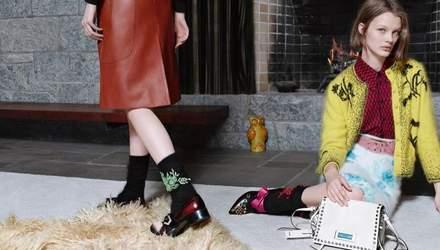 Prada опубликовали промо-ролик новой коллекции и показали ключевые образы: видео