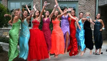Платья на выпускной: тренды и цены