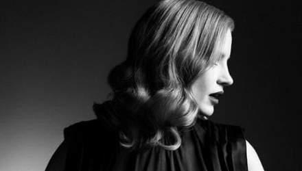 Джессика Честейн стала лицом осенней коллекции Prada: изысканные фото
