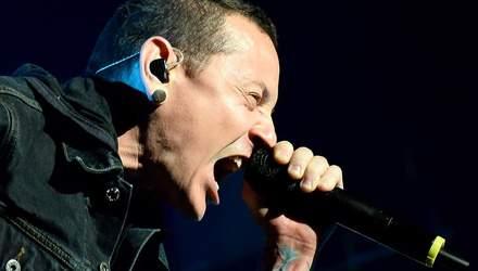 Linkin Park сыграют первый концерт без Честера Беннингтона в память о музыканте