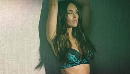Меган Фокс показала сексуальную фигуру в рекламе белья: фото