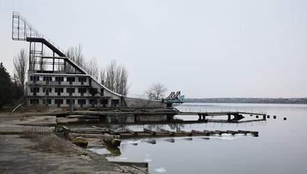 Тріумф Абраменка: журналісти показали обурливі знімки з тренувальної бази в Миколаєві