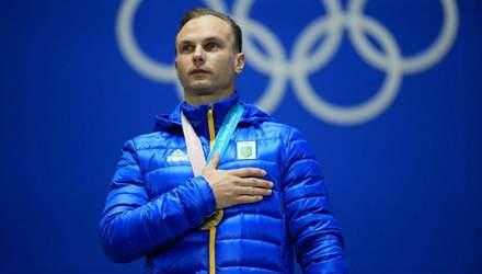 Слухав гімн з рукою на серці: як Олександрові Абраменку вручали золоту медаль – яскраві фото