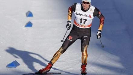 Спортсмен из Германии одел российскую форму во время лыжного марафона в Швеции