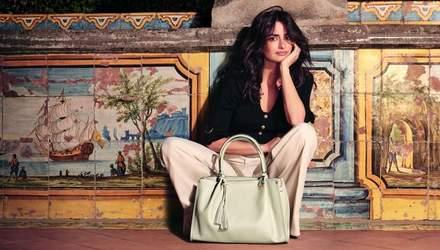 Пенелопа Крус снялась в яркой фотосессии для бренда сумок: фото