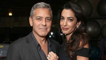 Розкішна Амаль Клуні приголомшила стильним образом
