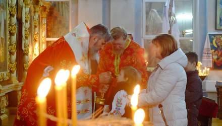 Чому за кримчанами, які ходять до української церкви, стежить ФСБ