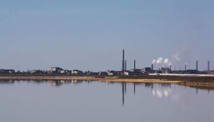 Завод Фирташа в оккупированном Крыму создал экологическую катастрофу на Херсонщине
