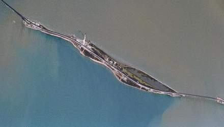 Как выглядит новооткрытый Крымский мост из космоса: появилось свежее фото