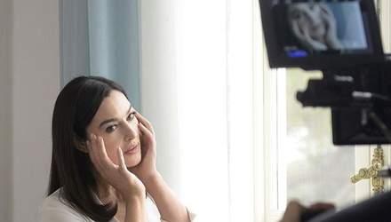 Розкішна Моніка Беллуччі знялась у рекламі відомої косметики: фото