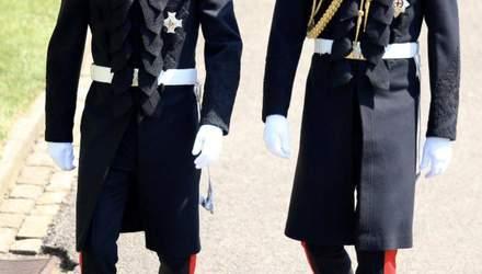 Принц Гарри прибыл на королевскую свадьбу со своим братом Уильямом: красноречивые фото