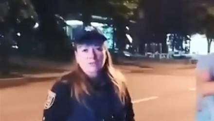 В Харькове патрульная въехала в авто, которое сама остановила