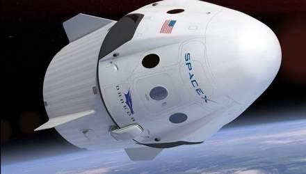 Маск показав корабель, що відправлятиме людей у космос