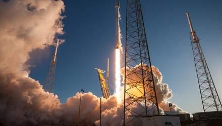 SpaceX запустила Falcon 9 с семью спутниками: фото и видео