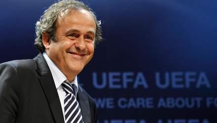 С экс-президента УЕФА Платини прокуратура сняла все обвинения, – Le Monde