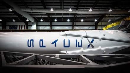 SpaceX перенесла дату запуску людей  на орбіту Місяця