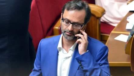 """Бюджетні мандарини: чому депутат """"кіпішував"""" у кабінеті Холодницього"""
