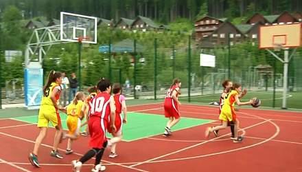 В Буковеле прошел юношеский чемпионат области по баскетболу