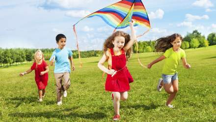 Супрун вказала на помилку батьків щодо вибору одягу для дітей у спеку