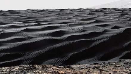 Астрономи зробили загадковий знімок на Марсі