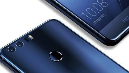 """Оприлюднено нові """"живі"""" фото гігантського смартфону Huawei Honor Note 10"""