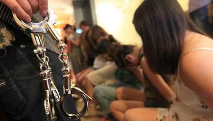 В Борисполе задержали сутенеров за продажу украинок в сексуальное рабство